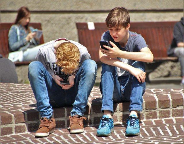 Kids on their phone.jpg