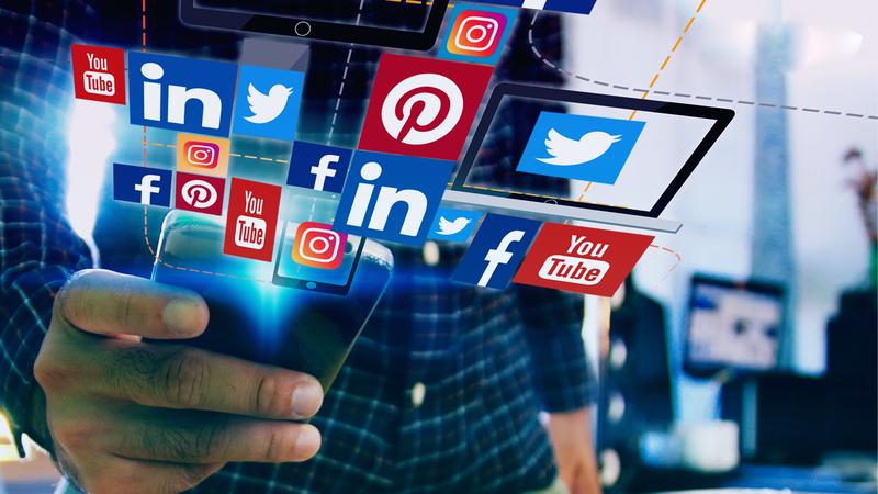 social-media-tips-blog-header-no-logo.png